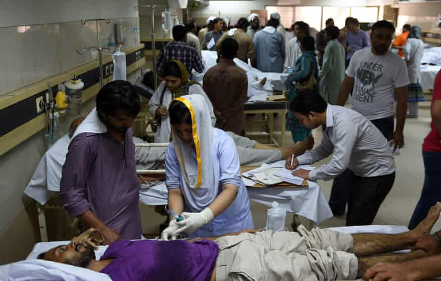 Pakistani heatstroke victims at a government hospital in Karachi, June 2015. The report found a huge increase in the number of people over 65 who are exposed to extreme heat.