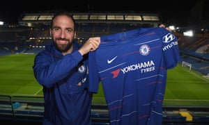 'He is goals', says Maurizio Sarri of Gonzalo Higuaín, with whom he will work again at Chelsea.