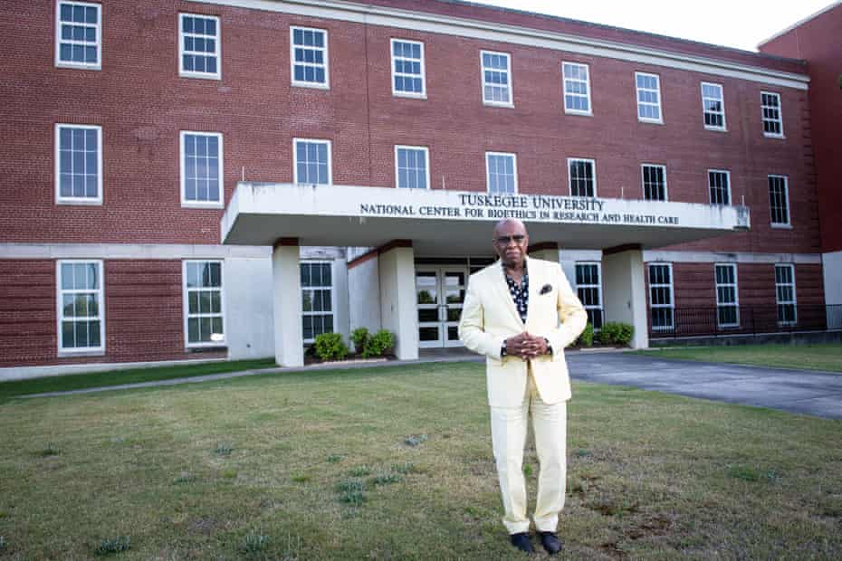 Omar Neal on the campus of Tuskegee University.