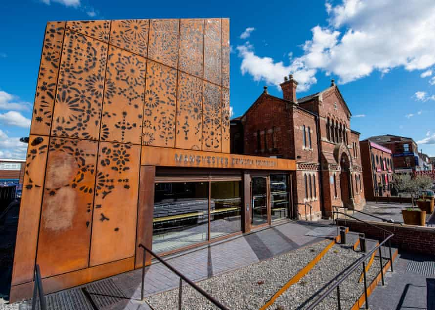 New extension (left) to the Manchester Jewish Museum.