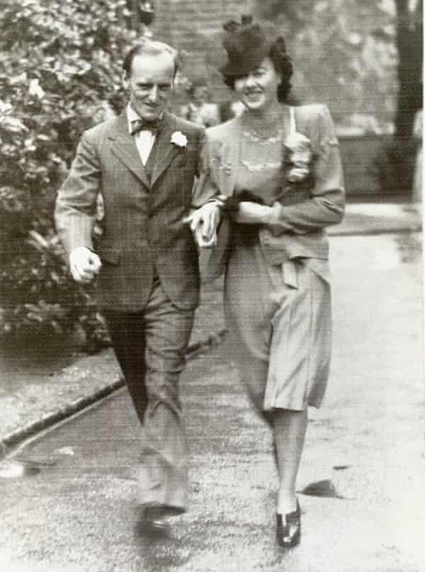 Hannah Peel's grandparents, Robert and Joyce, on their wedding day.