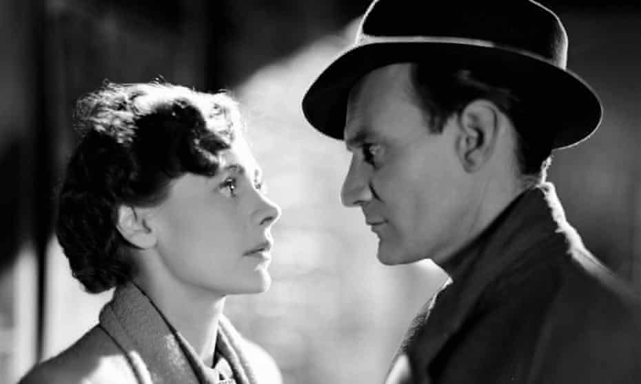 Scene from Brief Encounter with Celia Johnson, playing Laura, staring into the eyes of Trevor Howard as Alec