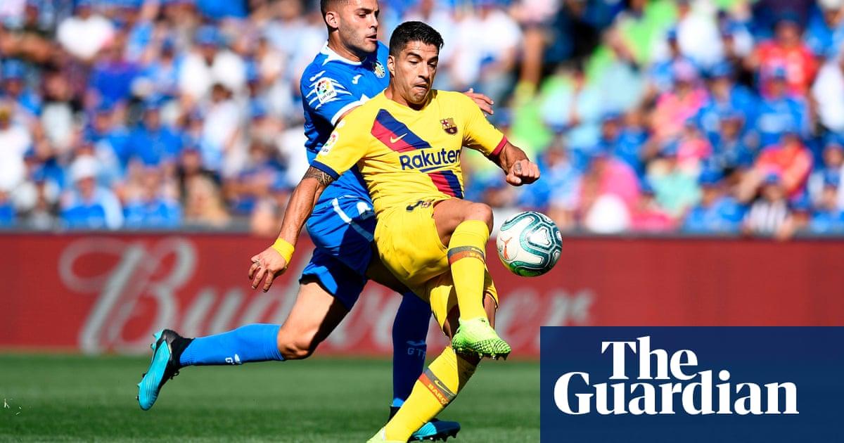 European roundup: Suárez helps end Barcelona's barren away run, Bayern top
