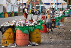 The ban on plastic bottles at this year's festival means that there are over 1m fewer bottles to deal with