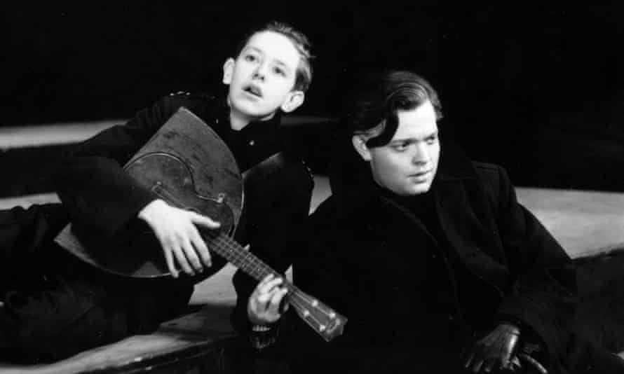 Orson Welles (right) as Brutus in his 1937 New York production of Julius Caesar.