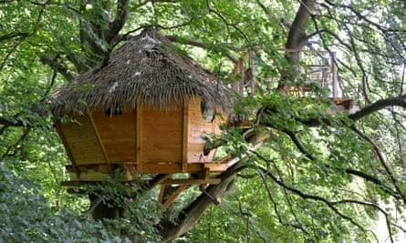 Treehouse Les Cabanes de Fontaine-Châtel Normandie