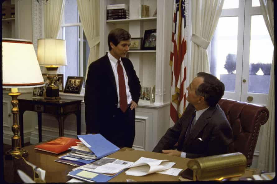 Lee Atwater, 'the Paganini of the modern political dog-whistle', with George Bush in 1986