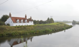 Home and away homes with fishing rights, near Tattershall