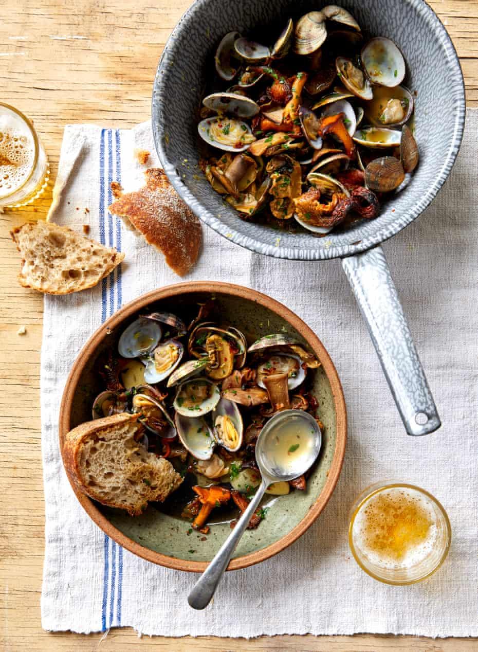 Ravinder Bhogal's clams with mushrooms 303