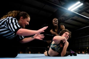 Scott screams as she puts Palmer in a chokehold during Autumn Armageddon 2018 in Galena, Maryland