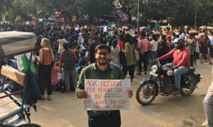 Crowds in Delhi participating in the climate strike