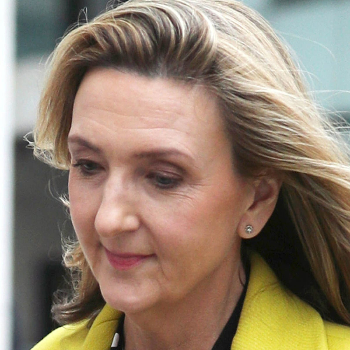 Victoria Derbyshire Apologises Over Covid Christmas Comments Television Radio The Guardian