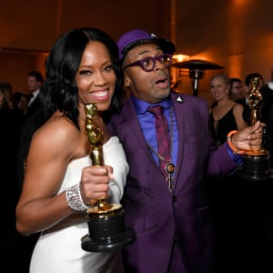 Spike Lee and Regina King with their Oscars.