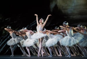 Marianela Nunez (Odette) in Swan Lake by The Royal Ballet