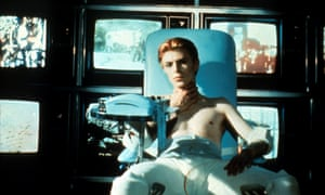David Bowie in 1976's cult hit The Man Who Fell to Earth, directed by Nicolas Roeg.