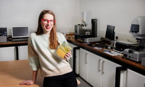 Designer Solveiga Pakstaite who has developed a bio-reactive food expiry label.
