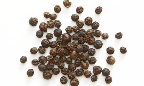 What can I use instead of black pepper?