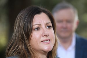 Labor candidate Kristy McBain campaigns in Eden Monaro with opposition leader Anthony Albanese.