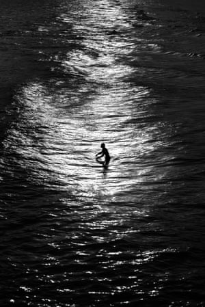 Bournemouth Beach, UK, 2017, a photograph from Alan Schaller's Metropolis series