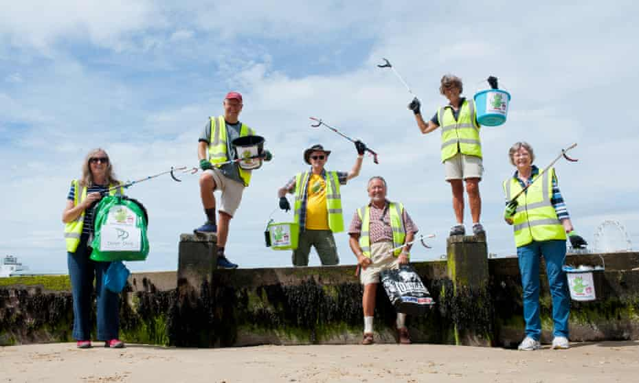 Kate Hairs, Keith Baker, Peter Ryan, Tony Higgins, Lia Baker and Sue Coates … volunteers with Dorset Devils on Bournemouth Beach