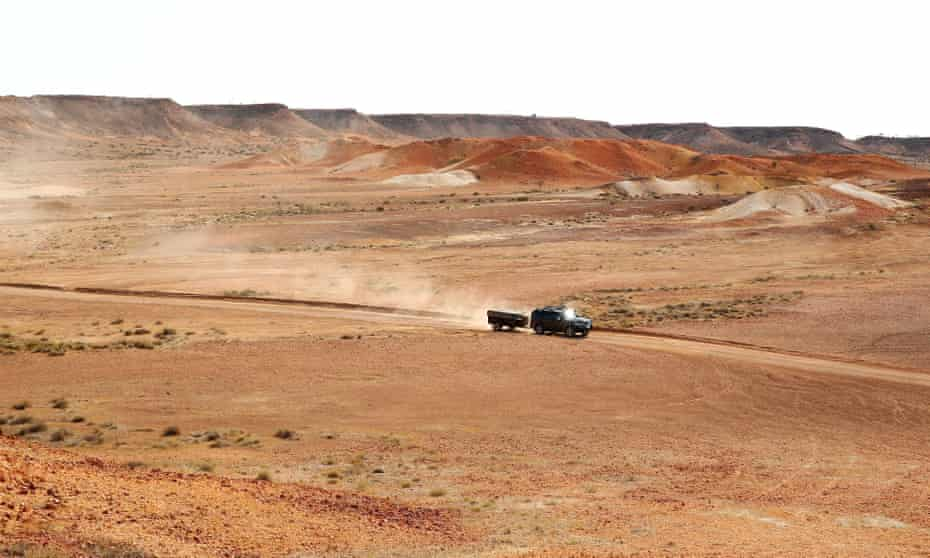 4WD in outback