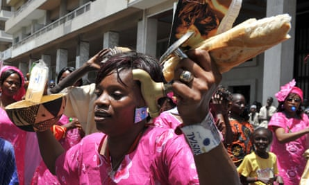 A woman protests against rising food prices in Dakar, May 2008