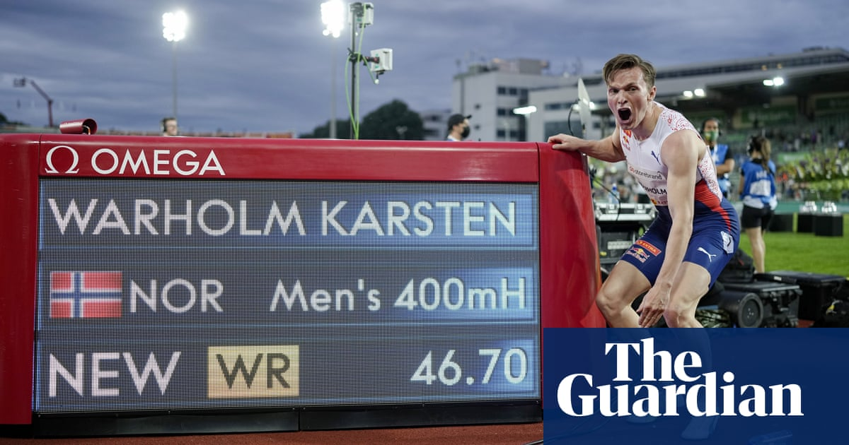 'It's older than me': Warholm breaks 29-year-old 400m hurdles world record