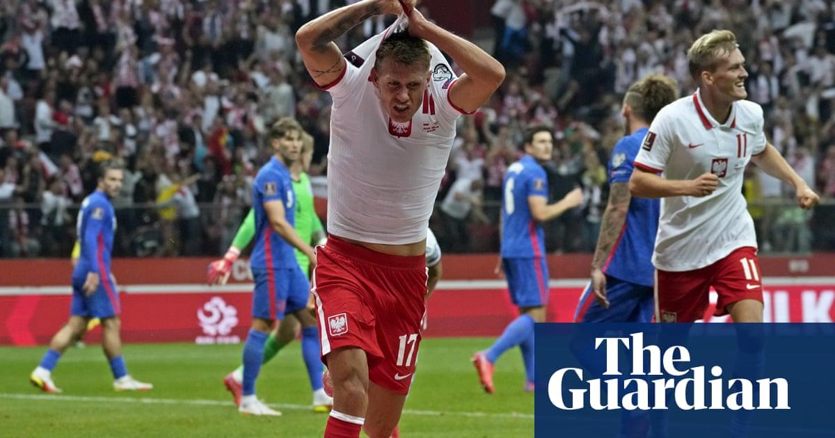 Szymanski denies England as Poland snatch late draw after Kane's opener