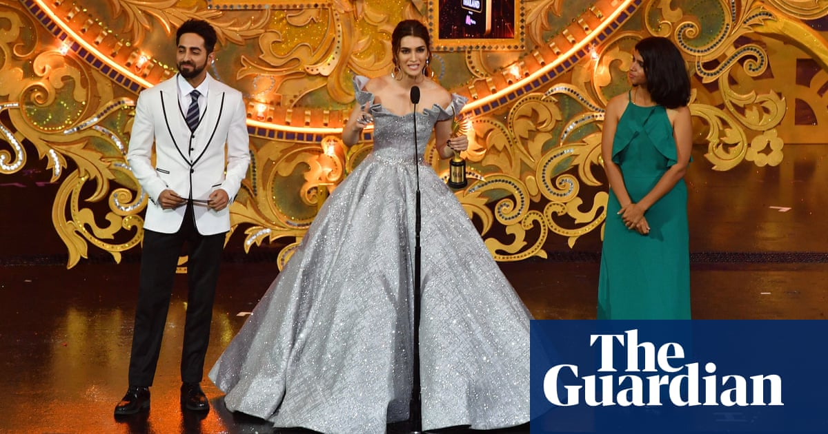 Bollywood Oscars comes home with first ceremony in India