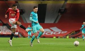 Mason Greenwood of Manchester United scores.