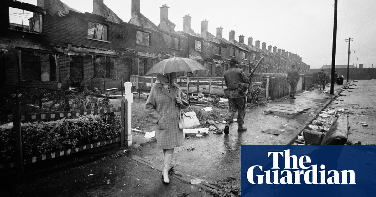 Internment introduced in Northern Ireland – archive, 10 August 1971