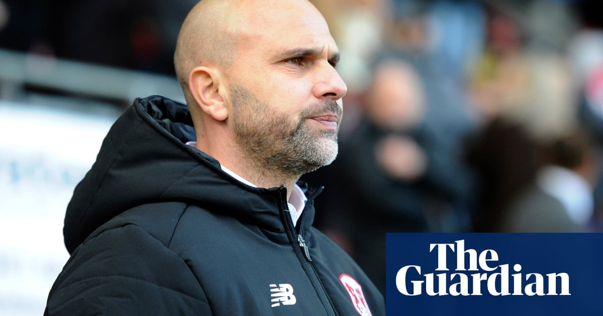 Leyton Orient sack manager Carl Fletcher after only 29 days