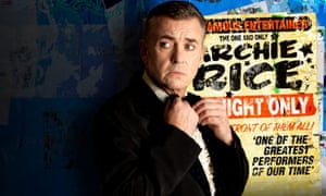 Shane Richie in The Entertainer.