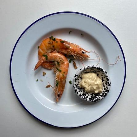 Poach, don't fry – Sam and Eddie Hart's garlic prawns
