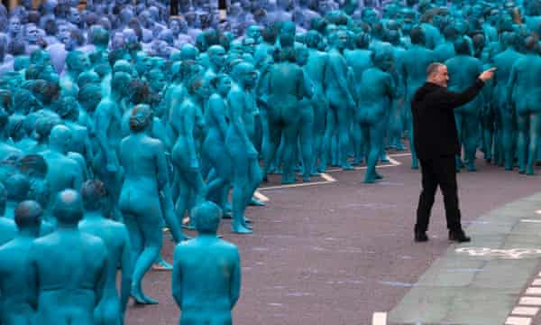 Spencer Tunick with naked volunteers in Hull.