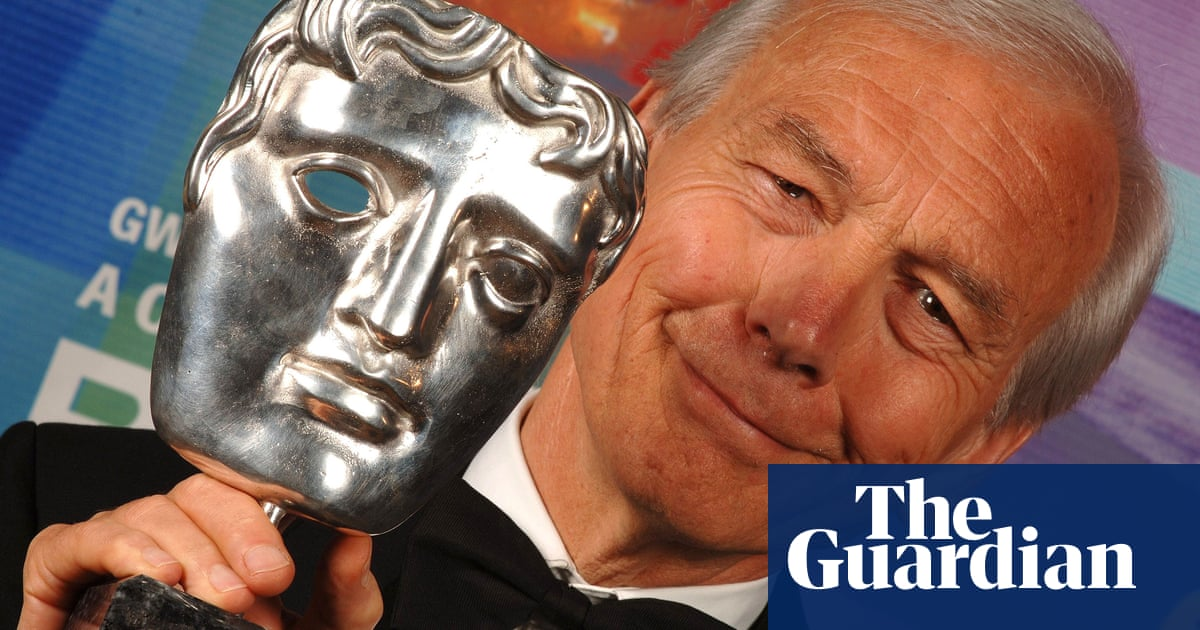 The paradox of John Humphrys: rottweiler, dinosaur or shy walker?