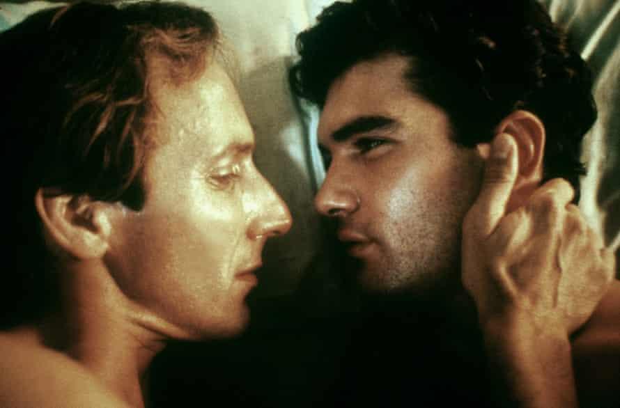 Eusebio Poncela and Antonio Banderas in Law of Desire.