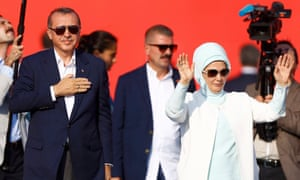 President Erdoğan and his wife, Emine Gulbaran, at Istanbul rally