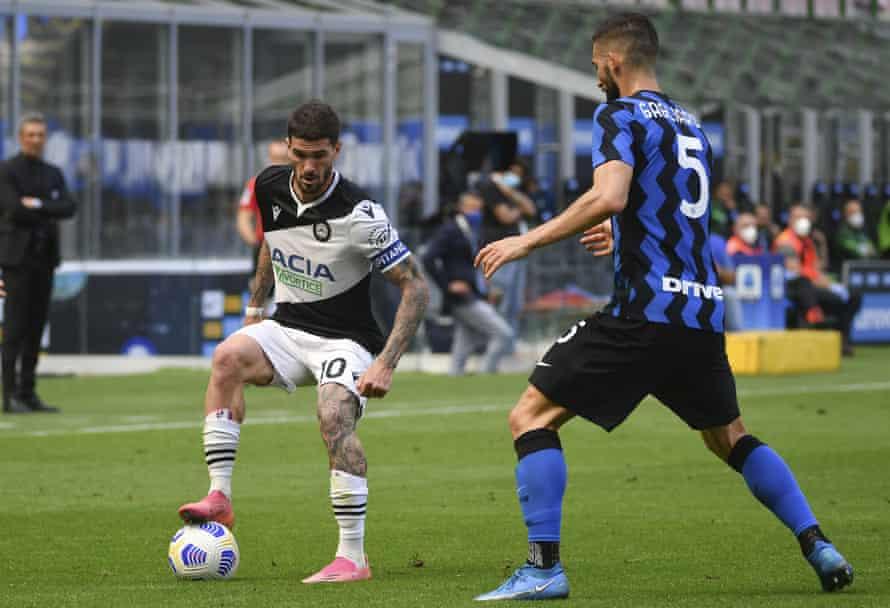 Rodrigo de Paul in action for Udinese against Internazionale last month