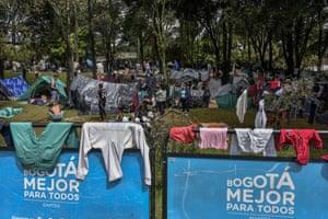 Jobless and homeless Venezuelan migrants