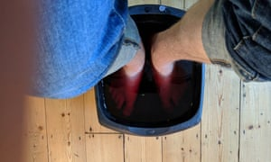 Stuart Heritage tries out vino therapy, with a red wine footbath and a wine face mask
