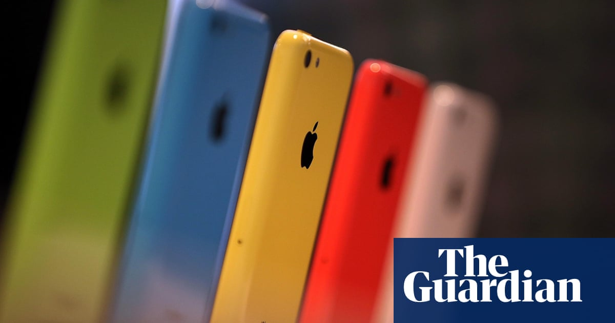 Apple offers up to $200,000 reward for finding security bugs