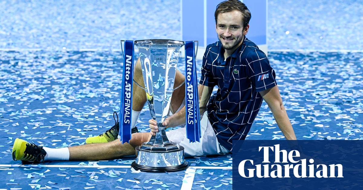 Daniil Medvedev wins ATP Finals title after comeback floors Dominic Thiem