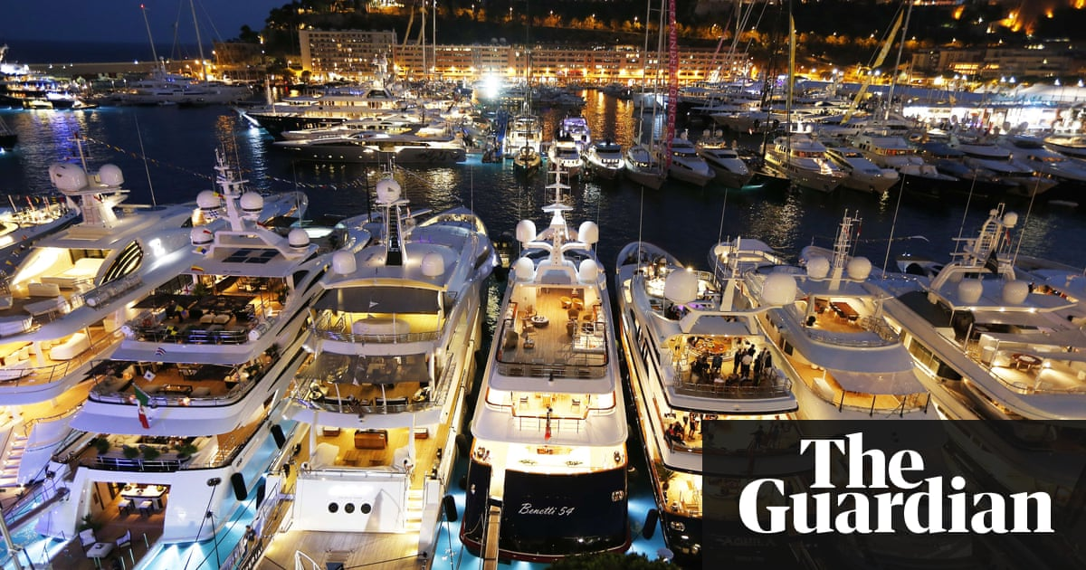 Richest 62 People As Wealthy Half Of Worlds Population Says Oxfam