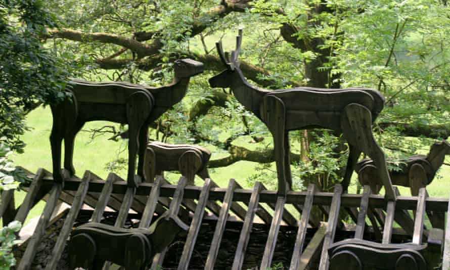 Deer on the Sculpture Trail
