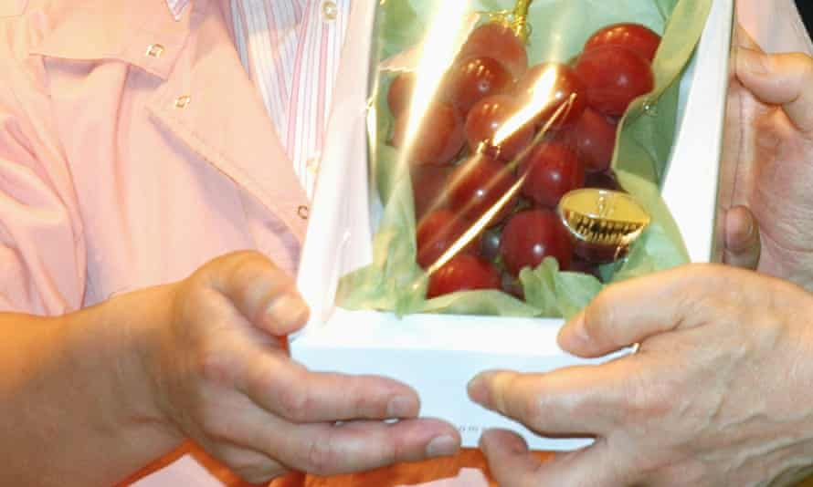 Ruby Roman grapes