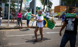 Alfeu França voted Lula before but is now a Bolsonaro supporter.