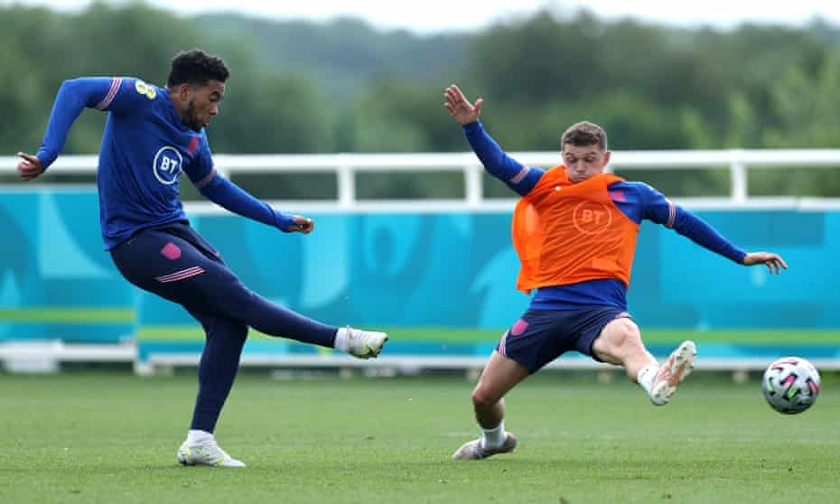 Kieran Trippier faces up to Reece James, another contender for the right-back berth.