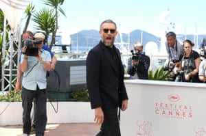 Vincent Cassel attends the photocall for Juste la Fin du Monde (It's Only the End of the World)