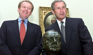 President Bush and British ambassador Christopher Meyer with the controversial Churchill bust.